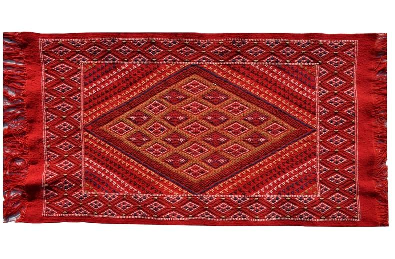 tapis vendus tapis mergoum tunisien de kairouan tapis en laine. Black Bedroom Furniture Sets. Home Design Ideas