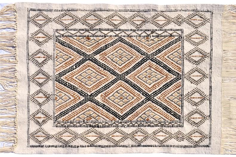 foutas et tapis tapis petits tapis tapis mergoum tunisien faits main de kairouan tapis en. Black Bedroom Furniture Sets. Home Design Ideas